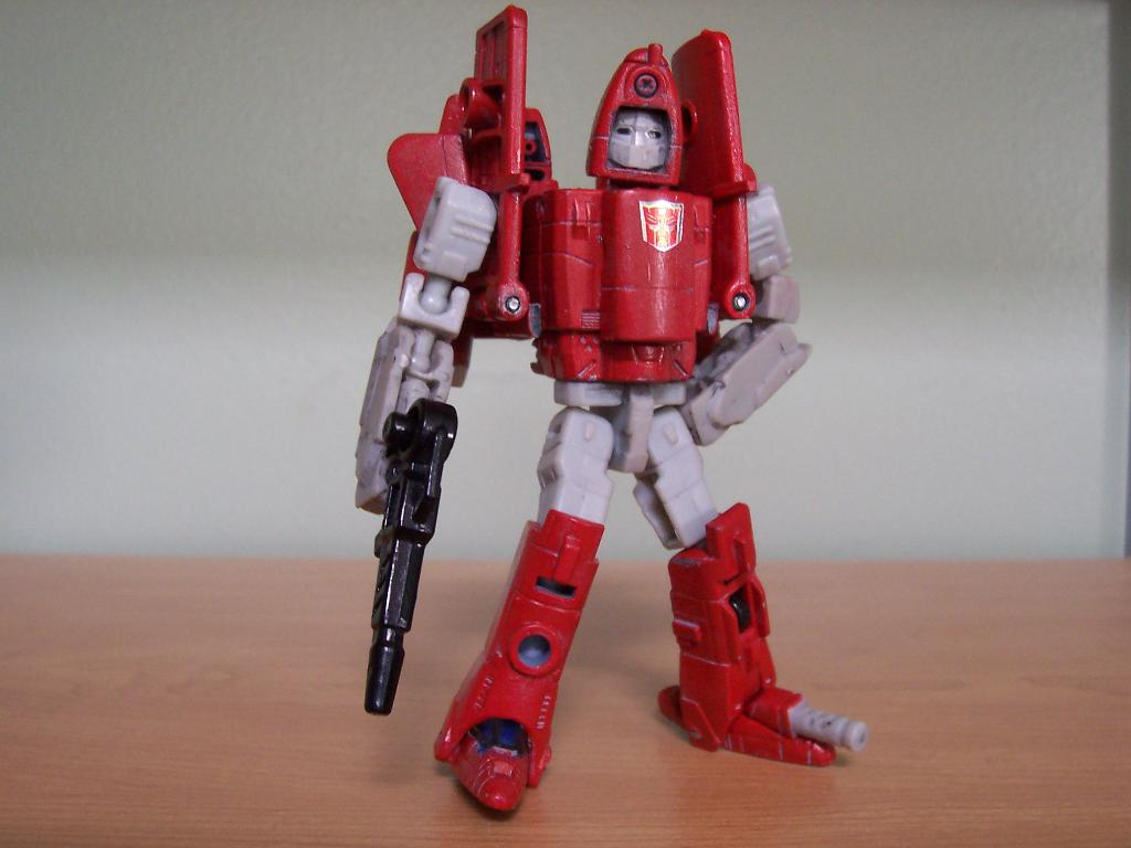 Energon Sky Shadow to Classics Powerglide, Wing Modification-003.jpg