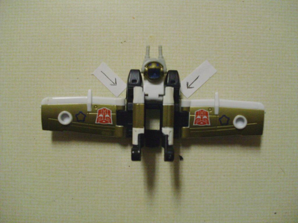 Energon Sky Shadow to Classics Powerglide, Wing Modification-005-1.jpg