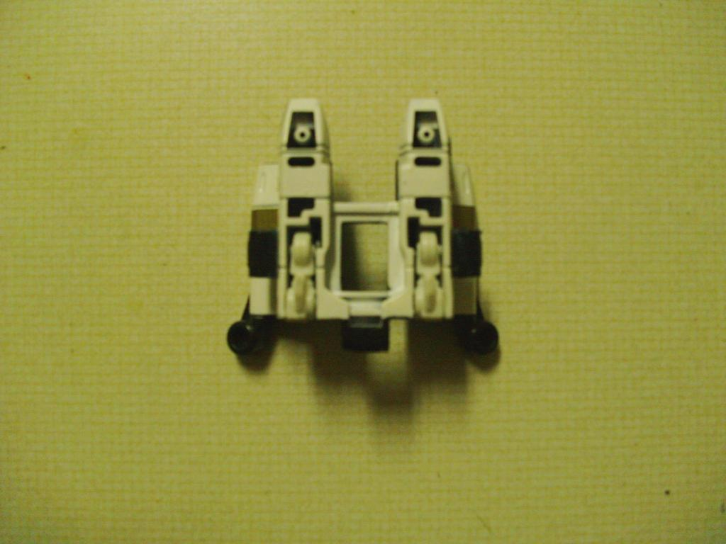 Energon Sky Shadow to Classics Powerglide, Wing Modification-008-1.jpg