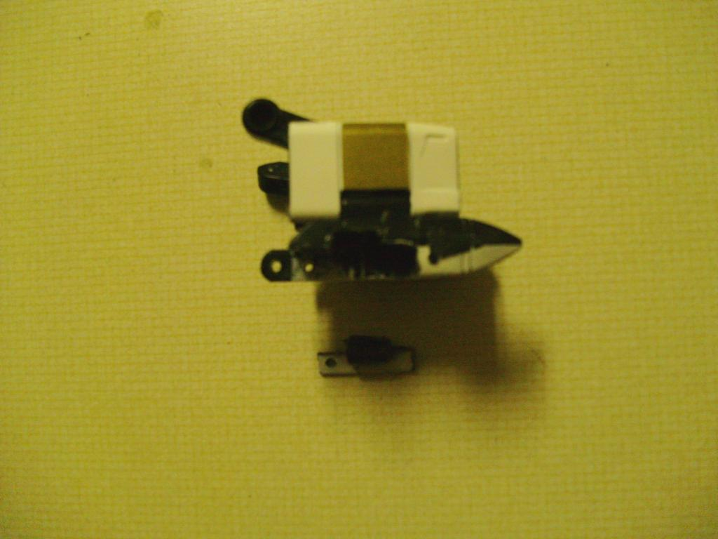 Energon Sky Shadow to Classics Powerglide, Wing Modification-014-1.jpg