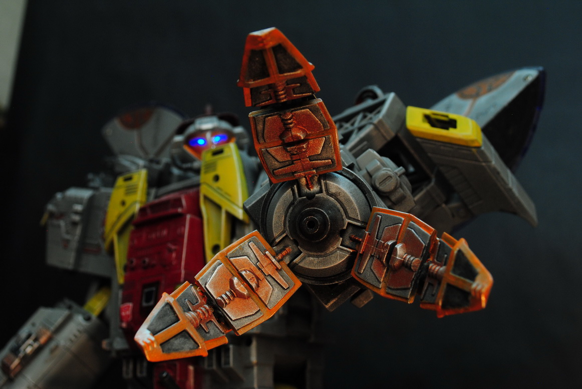 My destiny is the ocean of stars  ----  Masterpiece Omega Supreme by uuser-09.jpg