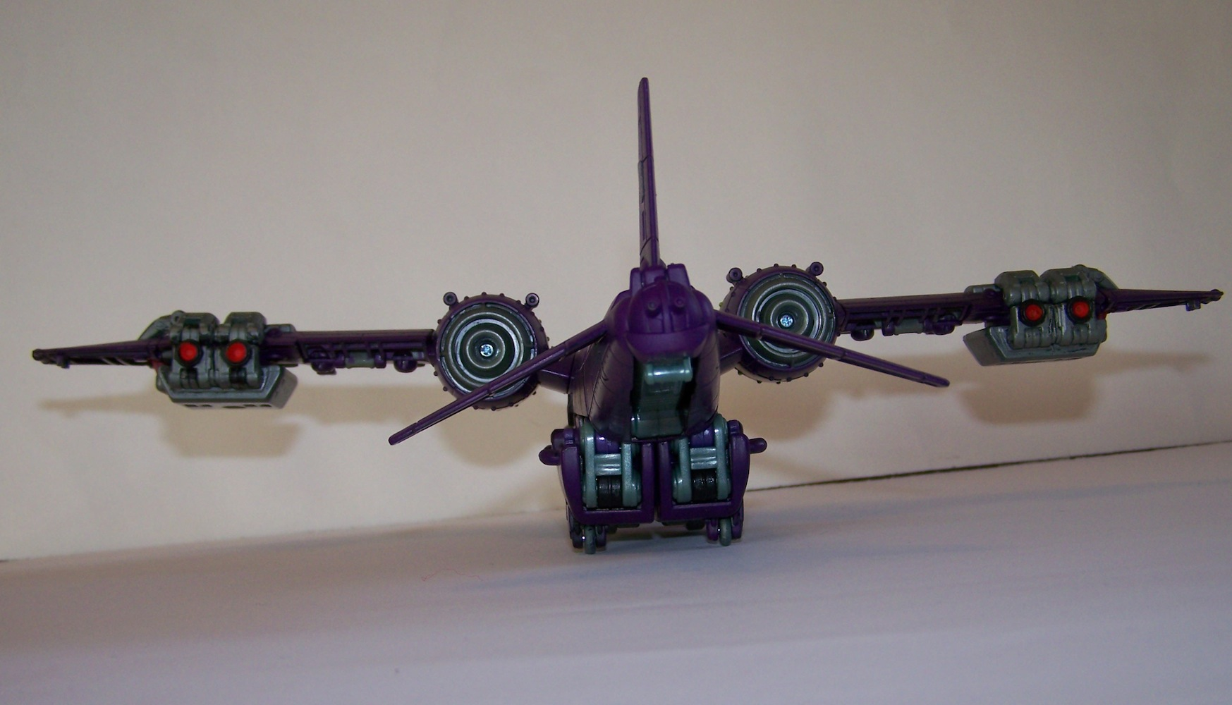 Lugnut in his GLORIOUS real colours!-100_0462.jpg