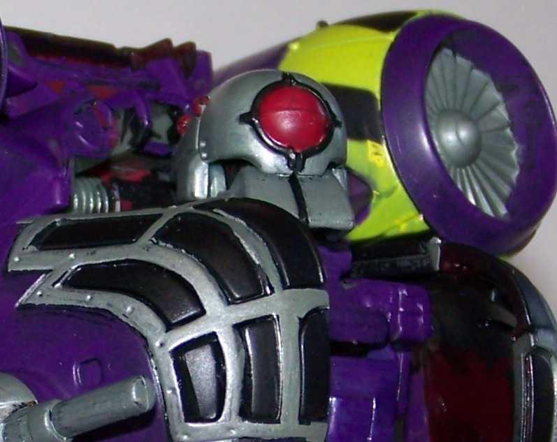 Lugnut in his GLORIOUS real colours!-100_0468.jpg