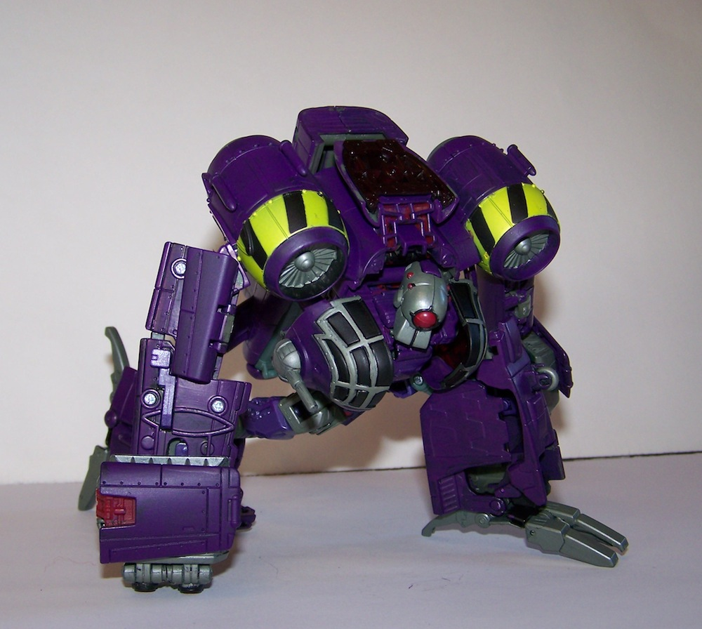 Lugnut in his GLORIOUS real colours!-100_0470.jpg