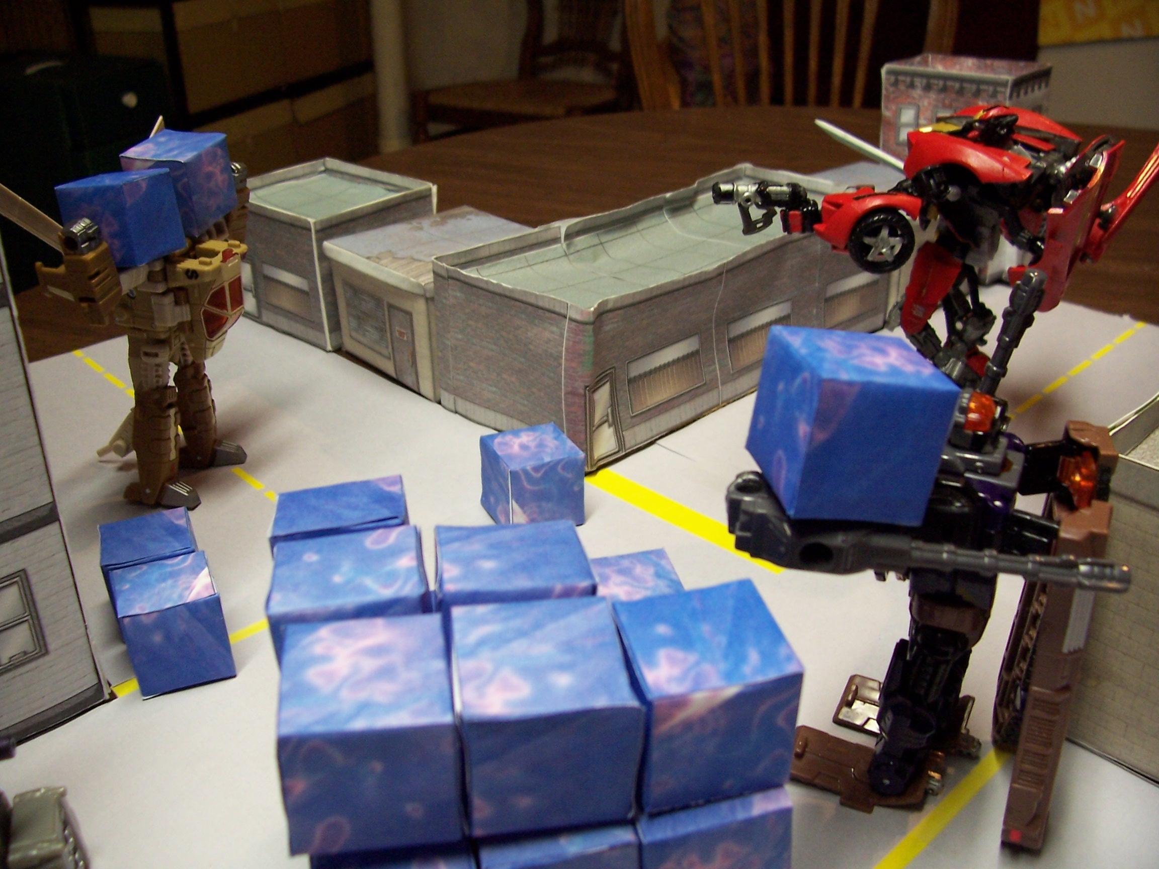 Scratch Builds: - Paper Craft Energon Cubes   TFW2005 - The 2005 Boards