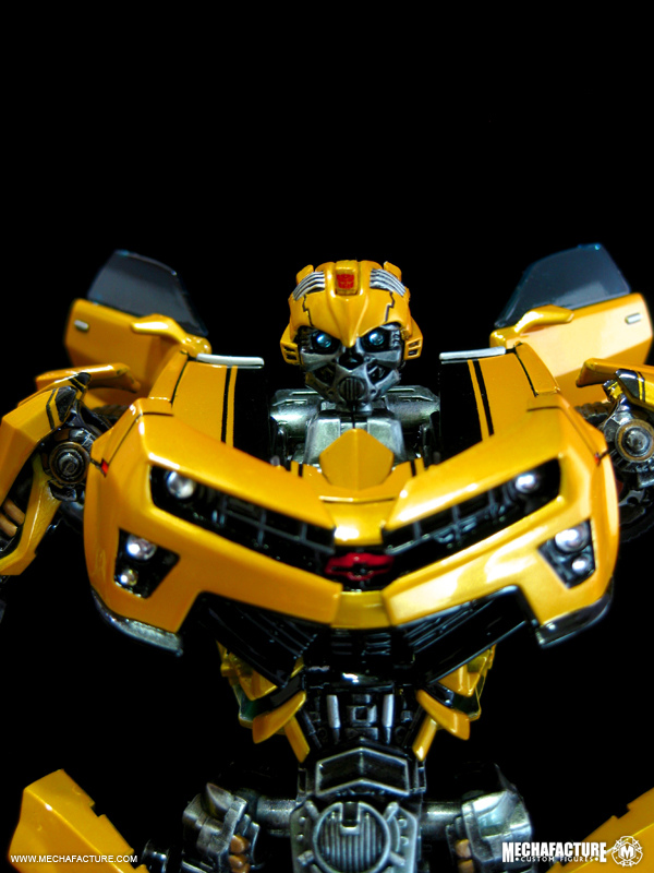 HftD Battle Blade Bumblebee Chest Modification-4871940863_26f0e637d1_b.jpg