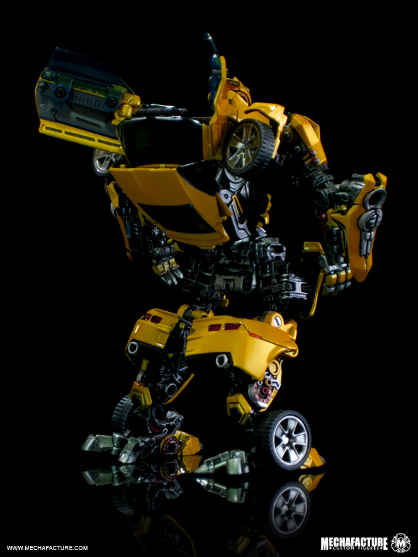 HftD Battle Blade Bumblebee Chest Modification-4872536298_4d26a20866_b.jpg