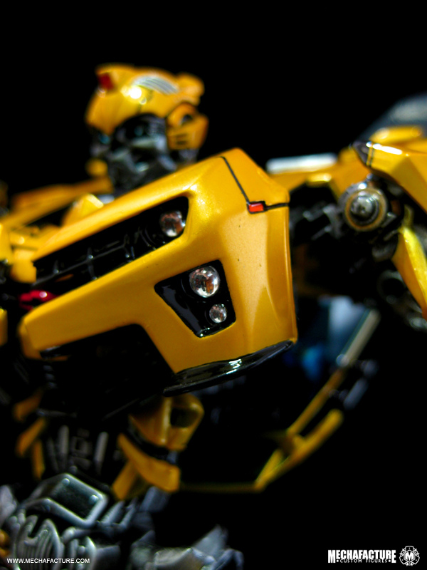 HftD Battle Blade Bumblebee Chest Modification-4872548612_76f5503d0d_b.jpg