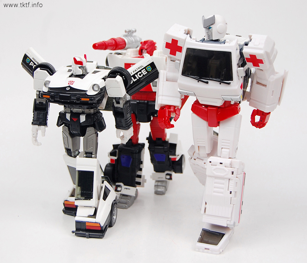 Voodoo Robots Salus (Ratchet) and Animus (Ironhide) - Page ...