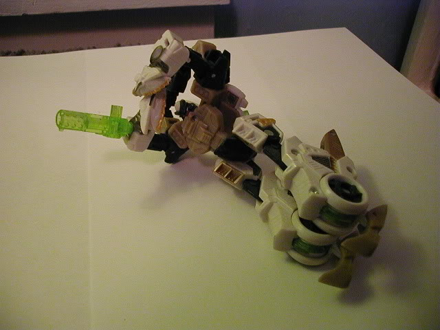 Terrorcon Combiner You Can Make-arm.jpg
