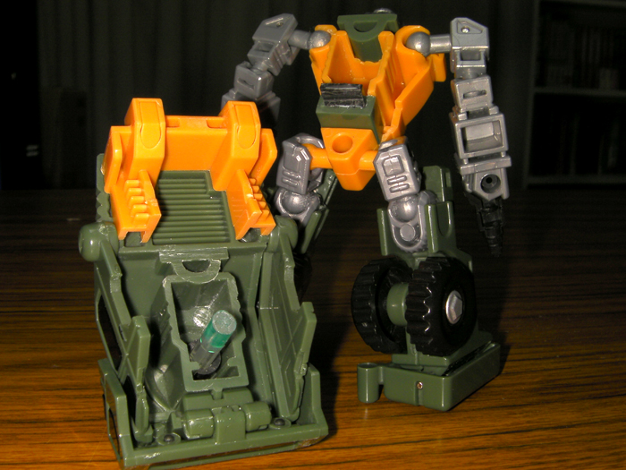 iGear Hench to Cartoon Brawn Conversion-backandfront.jpg