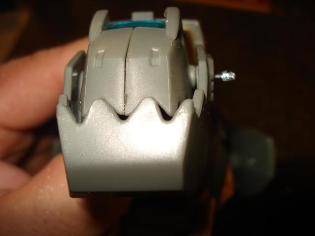 Grimlock Chest Gap Fix (Transformable)-dsc01997-1-.jpg