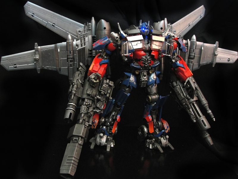 Dark of the Moon Ultimate Jetwing OPTIMUS PRIME - TFW2005.com