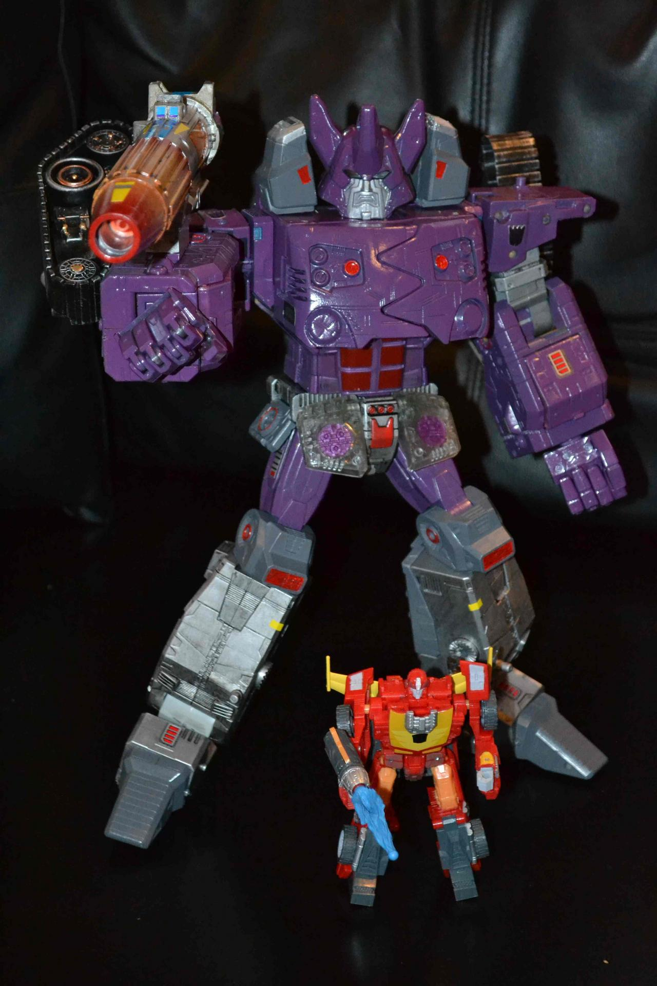 What if Galvatron yeilds the power of the Matrix during the Unicron saga ?-dsc_0225-2-.jpg