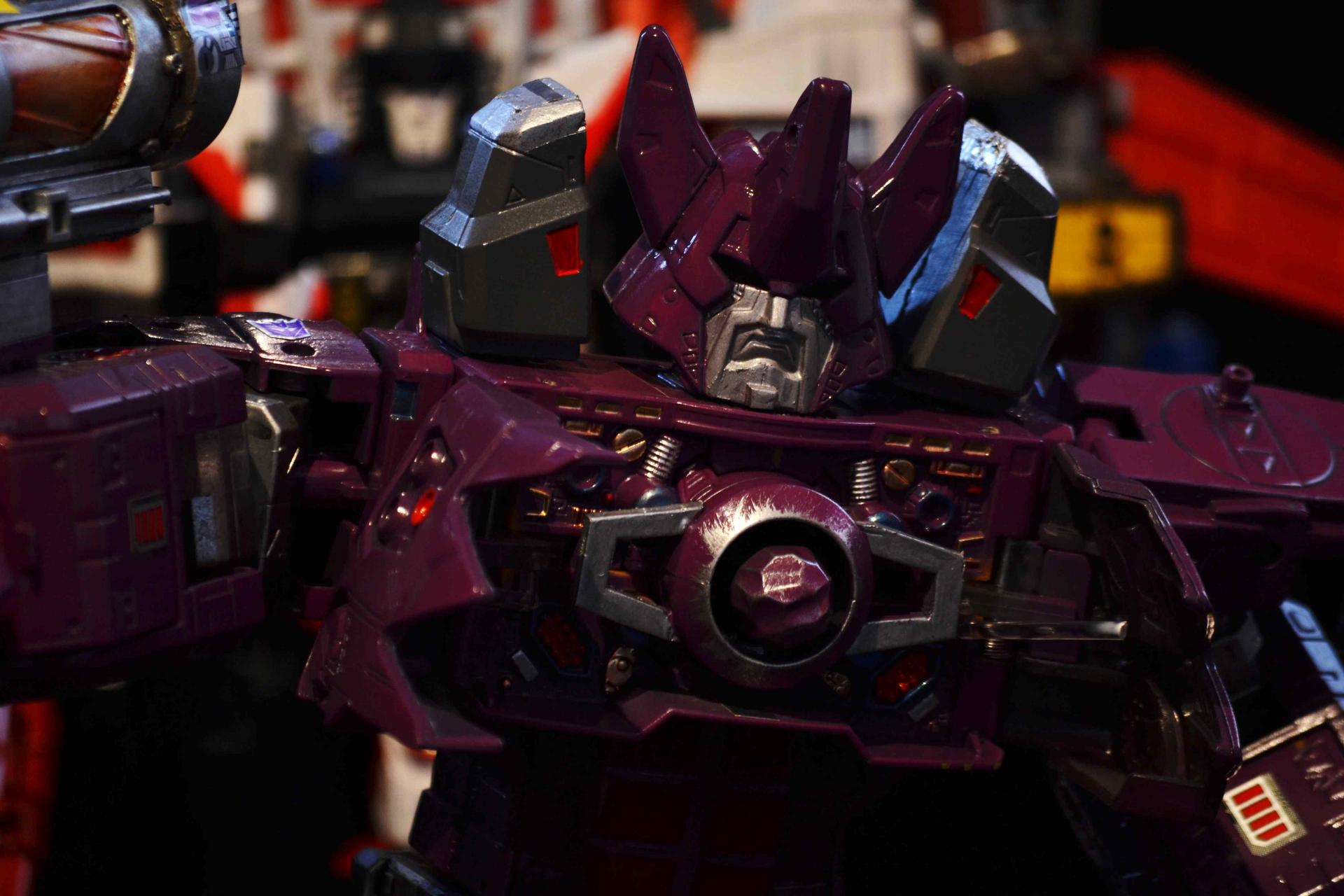 What if Galvatron yeilds the power of the Matrix during the Unicron saga ?-dsc_0226.jpg