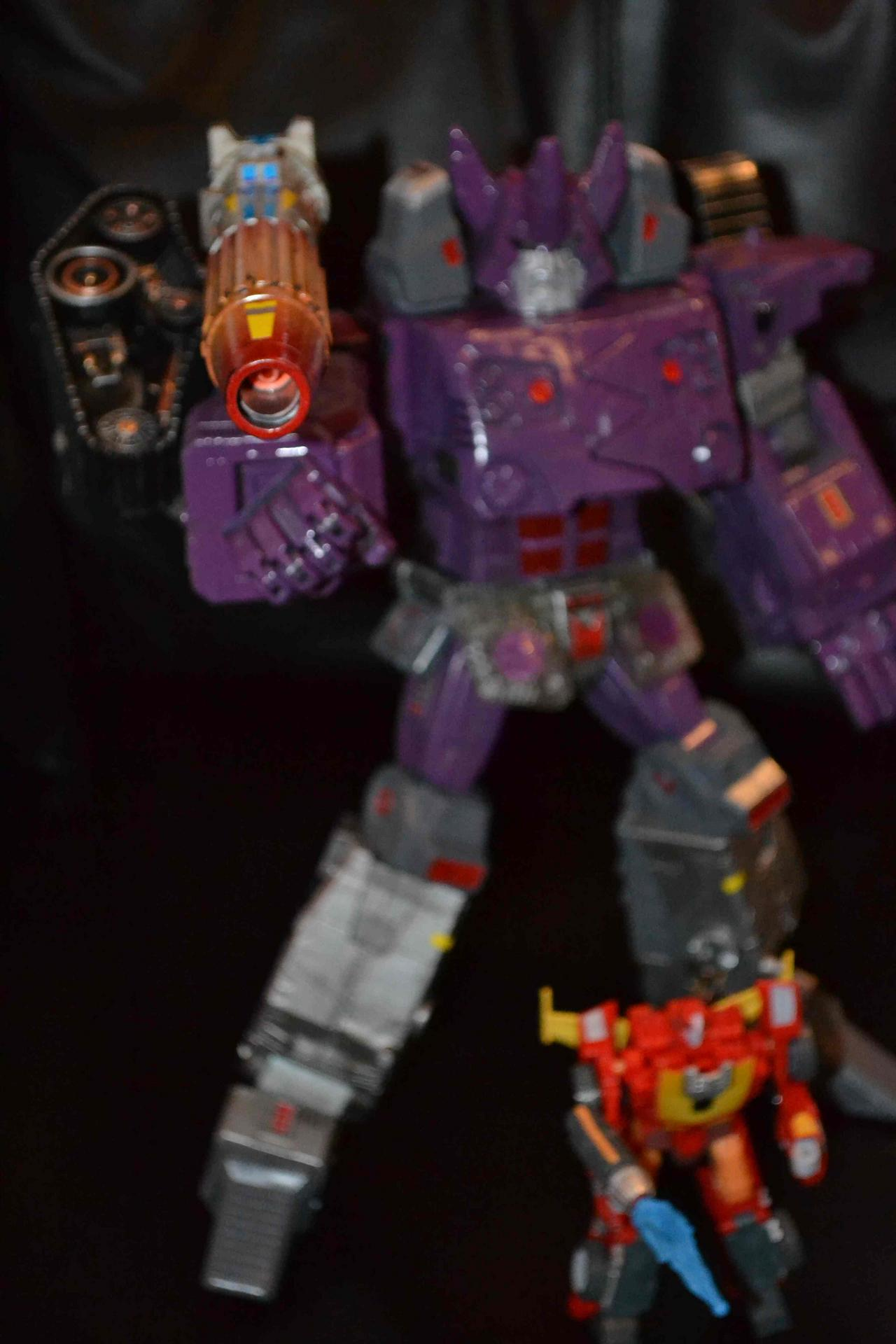 What if Galvatron yeilds the power of the Matrix during the Unicron saga ?-dsc_0227-2-.jpg