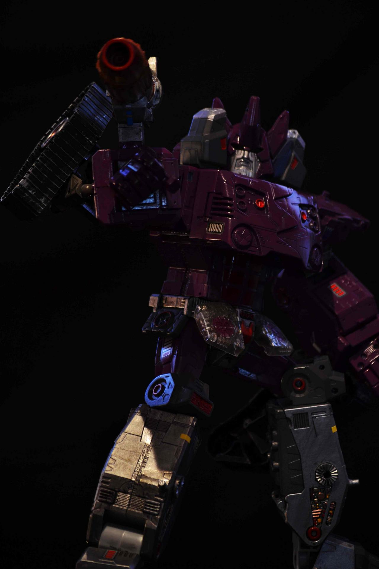 What if Galvatron yeilds the power of the Matrix during the Unicron saga ?-dsc_0233.jpg