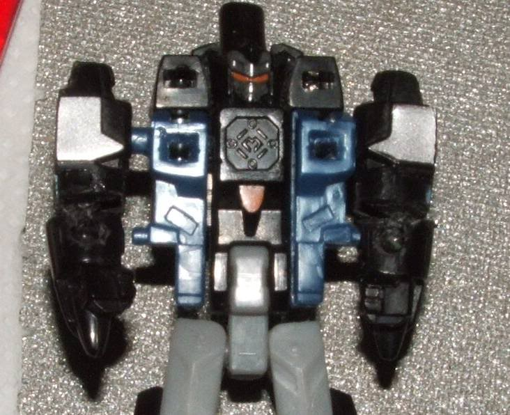 Creating Customs Joints for Added Articulation-dscf0339_001.jpg