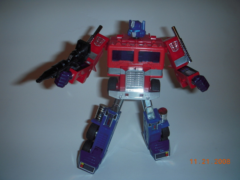 Articulated G1 Optimus Prime *updated with articulated fists 1/05/09*-dscn1191.jpg