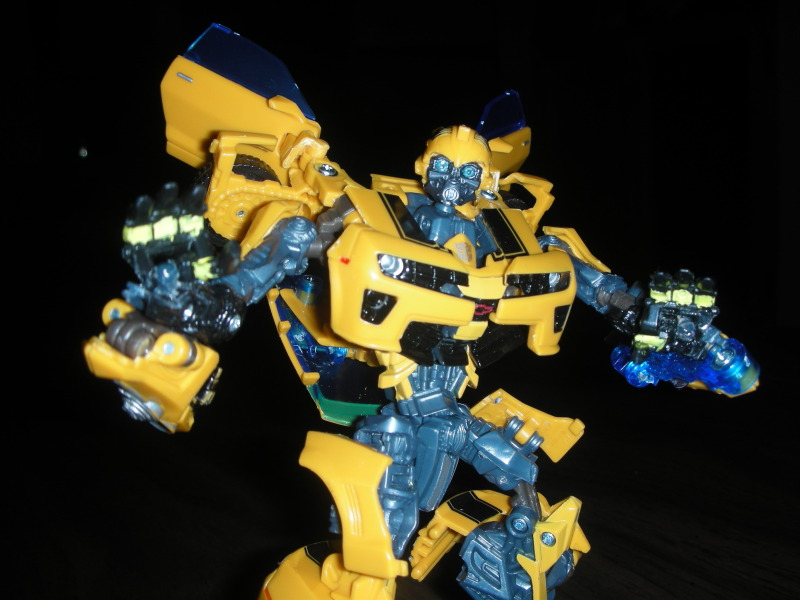 Battle Blade Bumblebee - Creating Ball Jointed Wrists-dscn1969.jpg