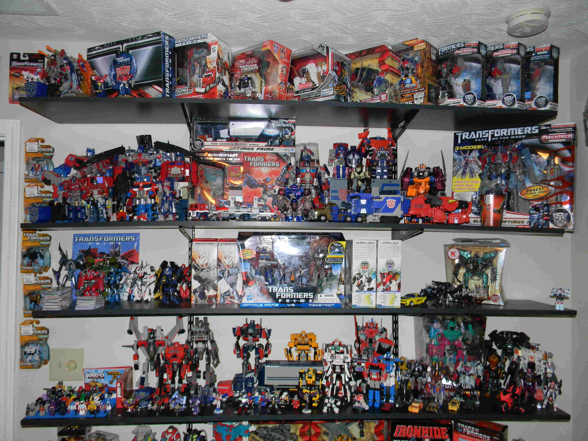 First Pics Of My Collection... So Far-dscn3252.jpg