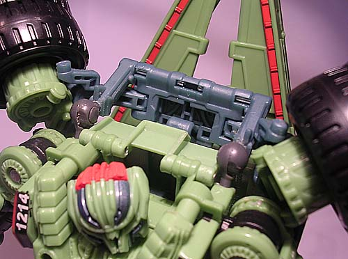 Long Haul - A Different Backpack Fix-flixedtransformers_longhaul_backpackdetail.jpg