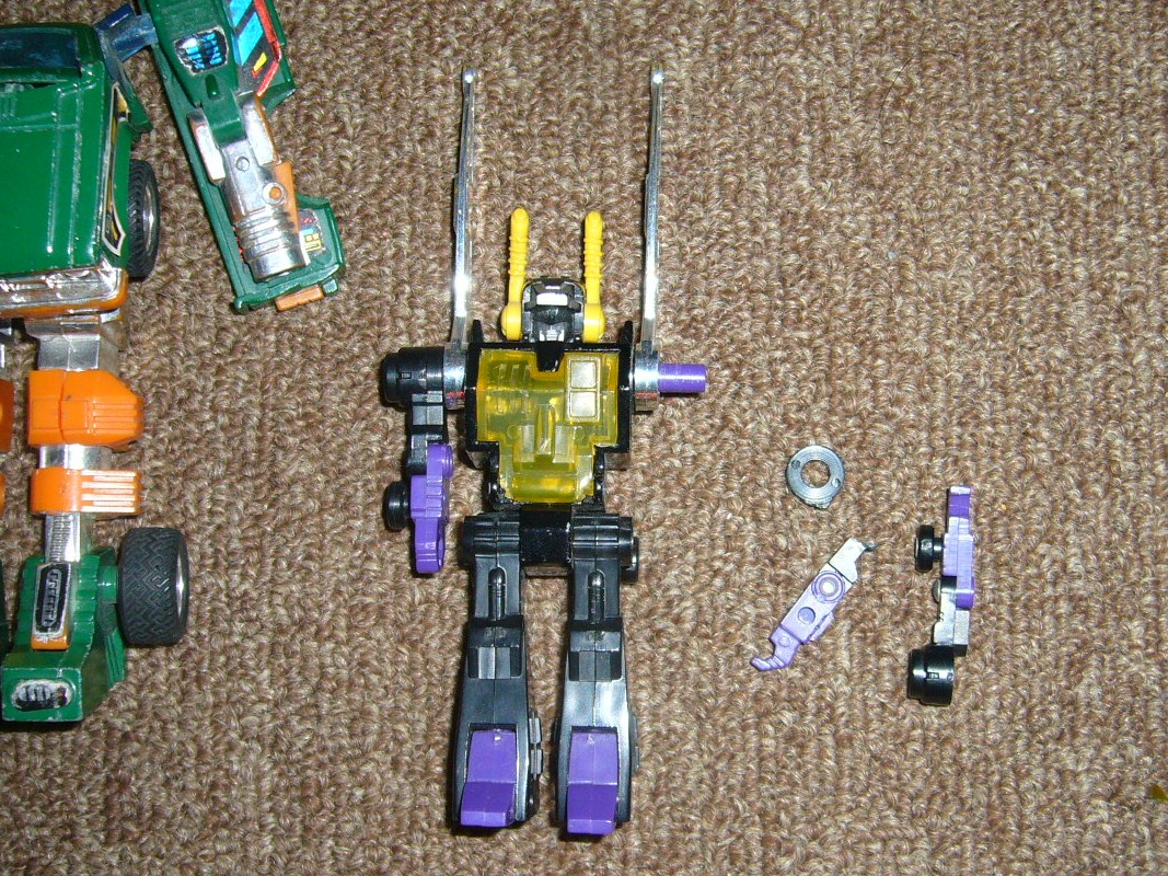 HUGE Collection Sale: Botcon, TFCC, Exclusives, G1, Universe, Classics and MORE-g1lot_2.jpg