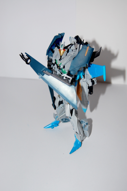 TF Prime Thunderwing Pretender (transformable!)-gp4.jpg