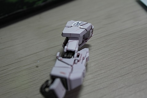 How To Use [Gundam] Water Decals-gundam-modeling-tutorial-how-use-water-decals06.jpg