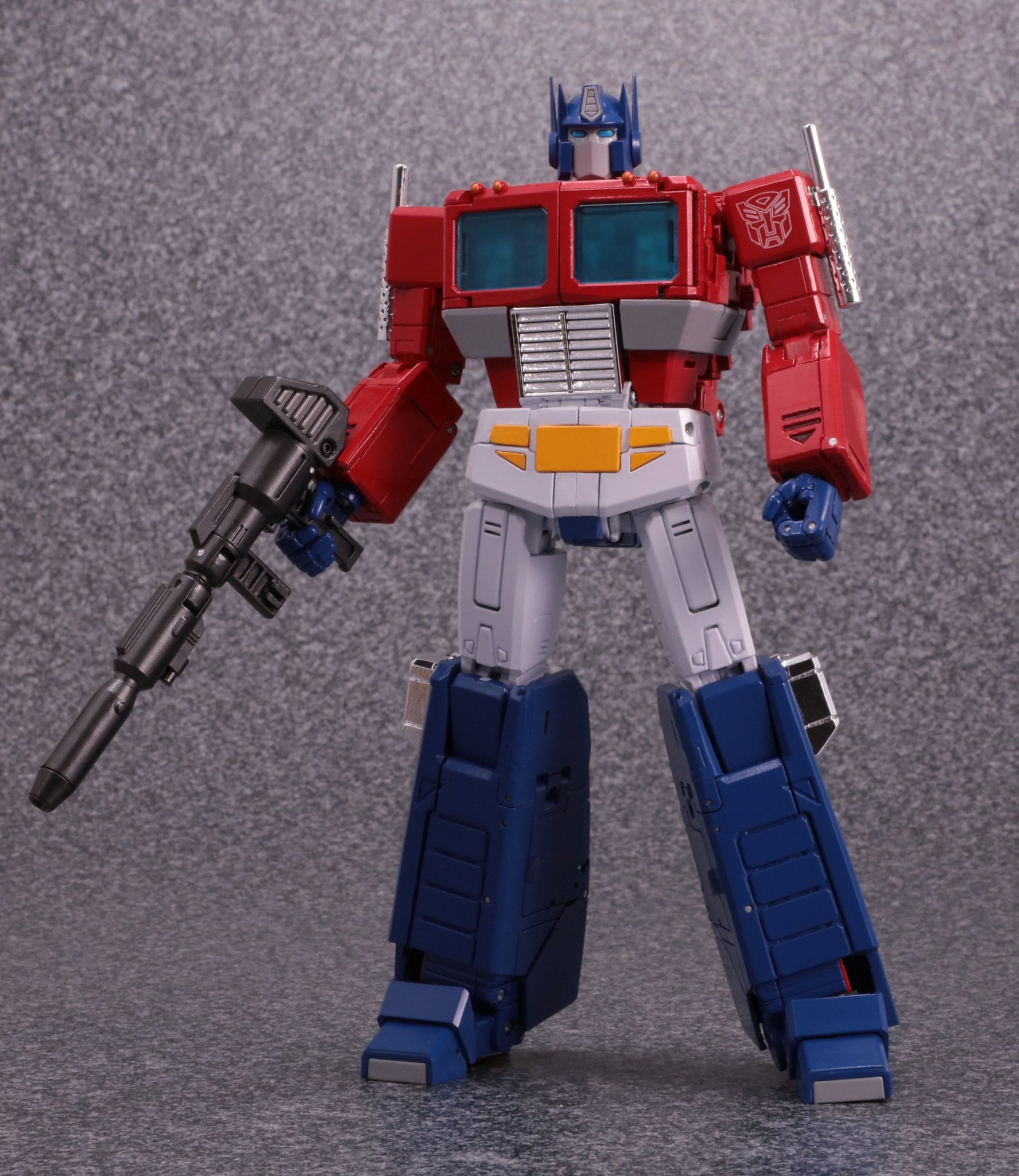 Hasbro-Takara-Transformers-Masterpiece-MP-44-Optimus-Prime-Version-3-Promo-20.jpg