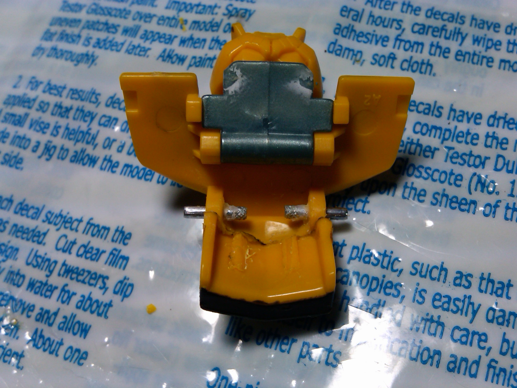 RotF Cannon Bumblebee Chest Modification-img00011-20091001-1705.jpg