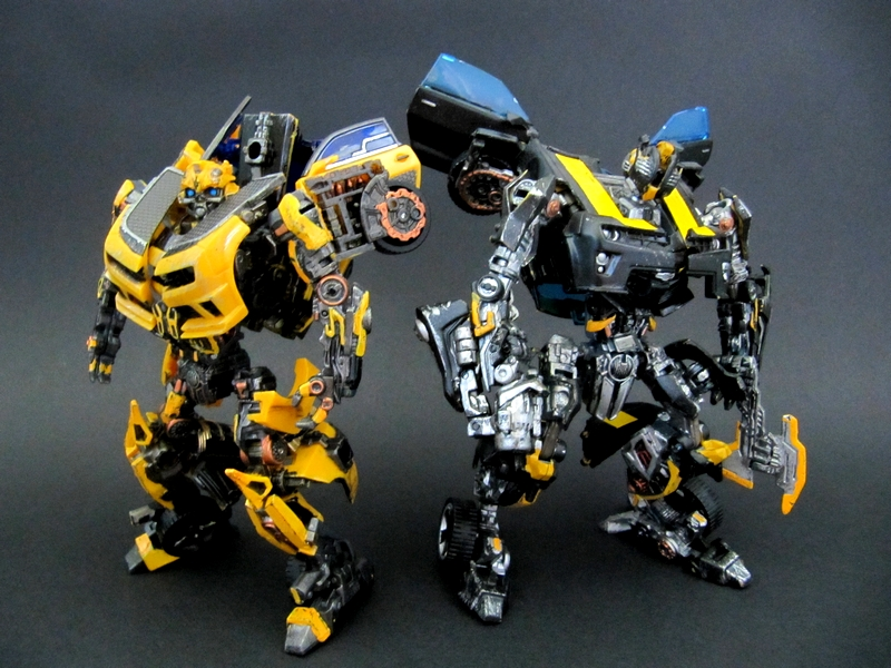 DOTM Deluxe Bumblebee with NITRO injection - TFW2005.com
