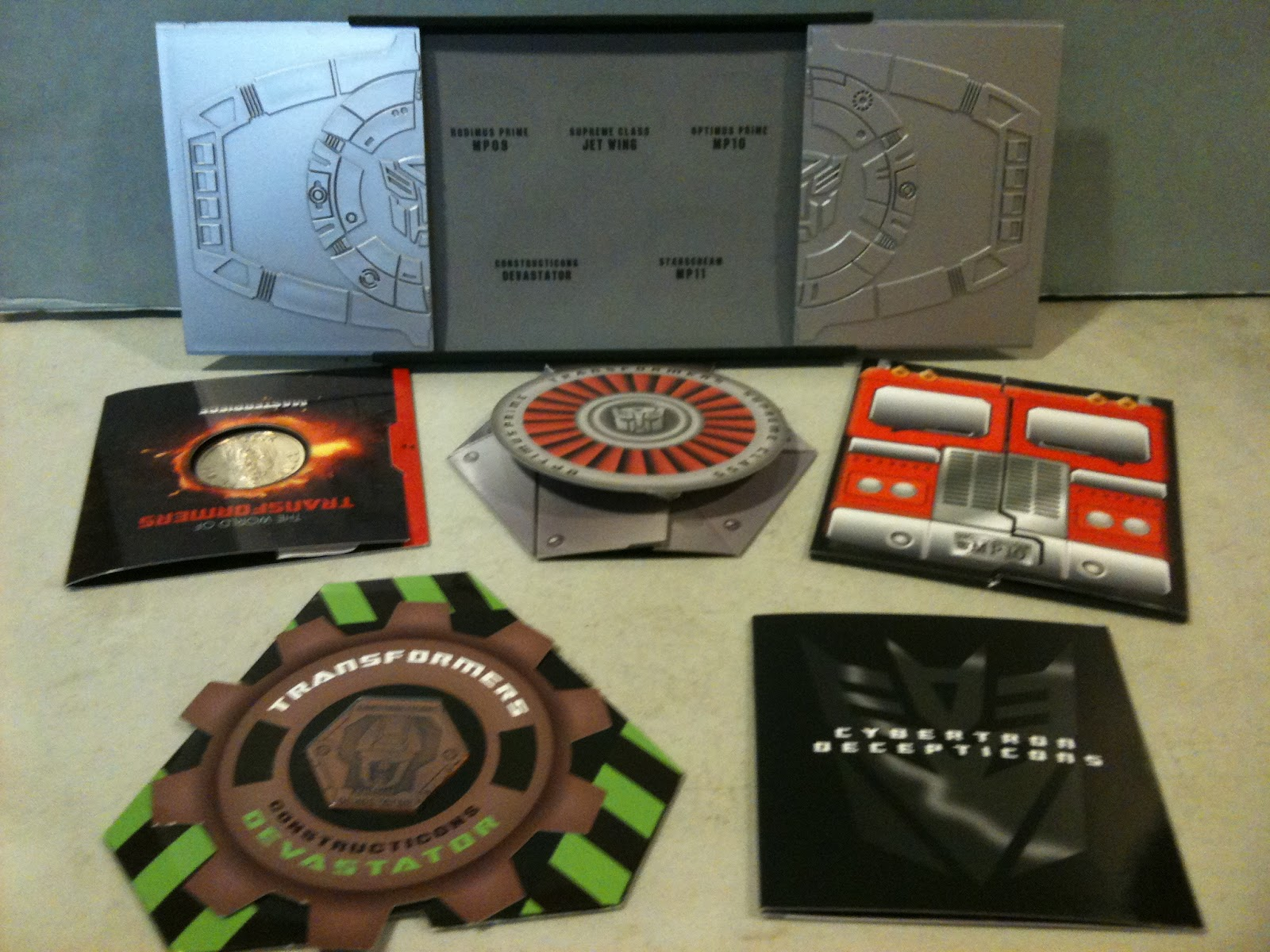 Transformers Commemorative Coin Collection Box-img_0876-1-.jpg