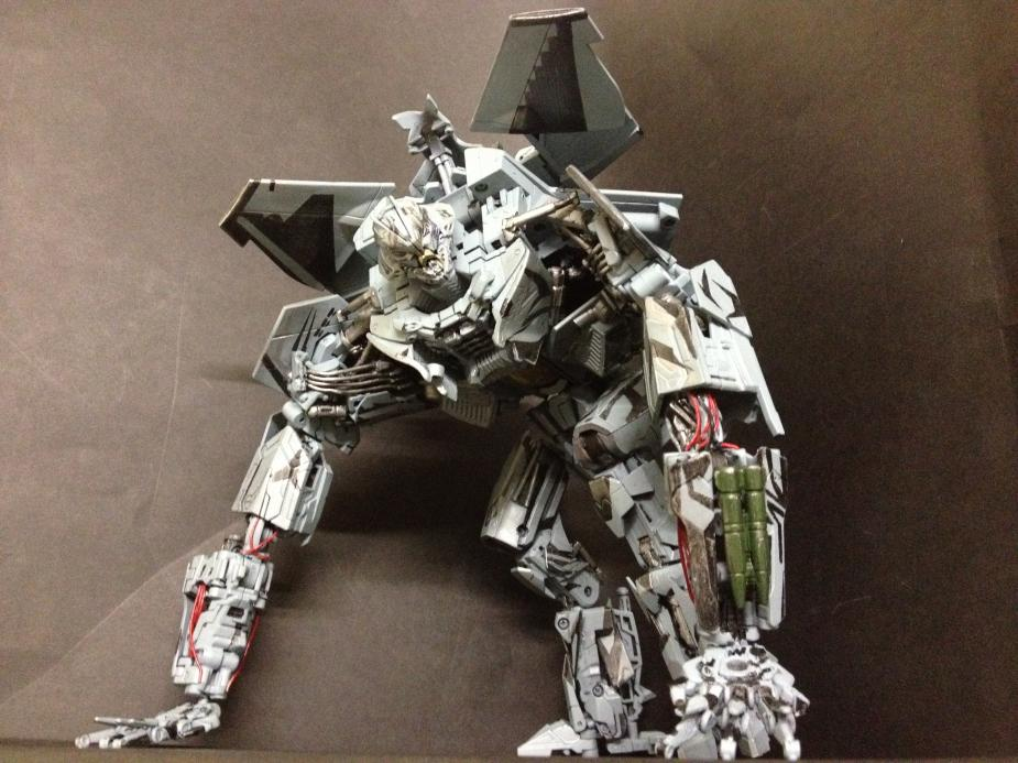Custom DOTM Leader Class Starscream-img_2355.jpg
