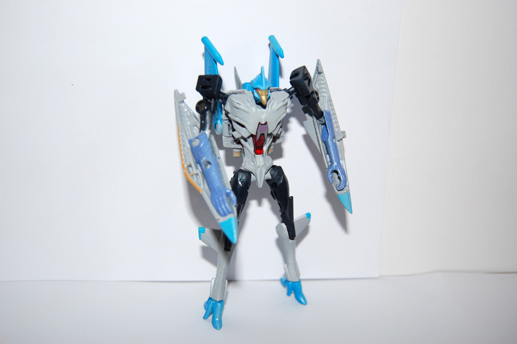TF Prime Thunderwing Pretender (transformable!)-l1.jpg