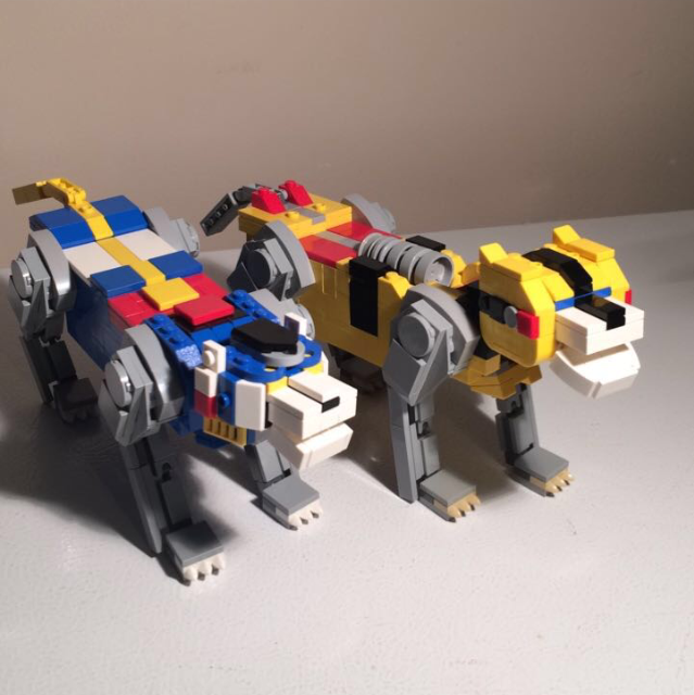 LEGO Blue and Yellow Lions.PNG