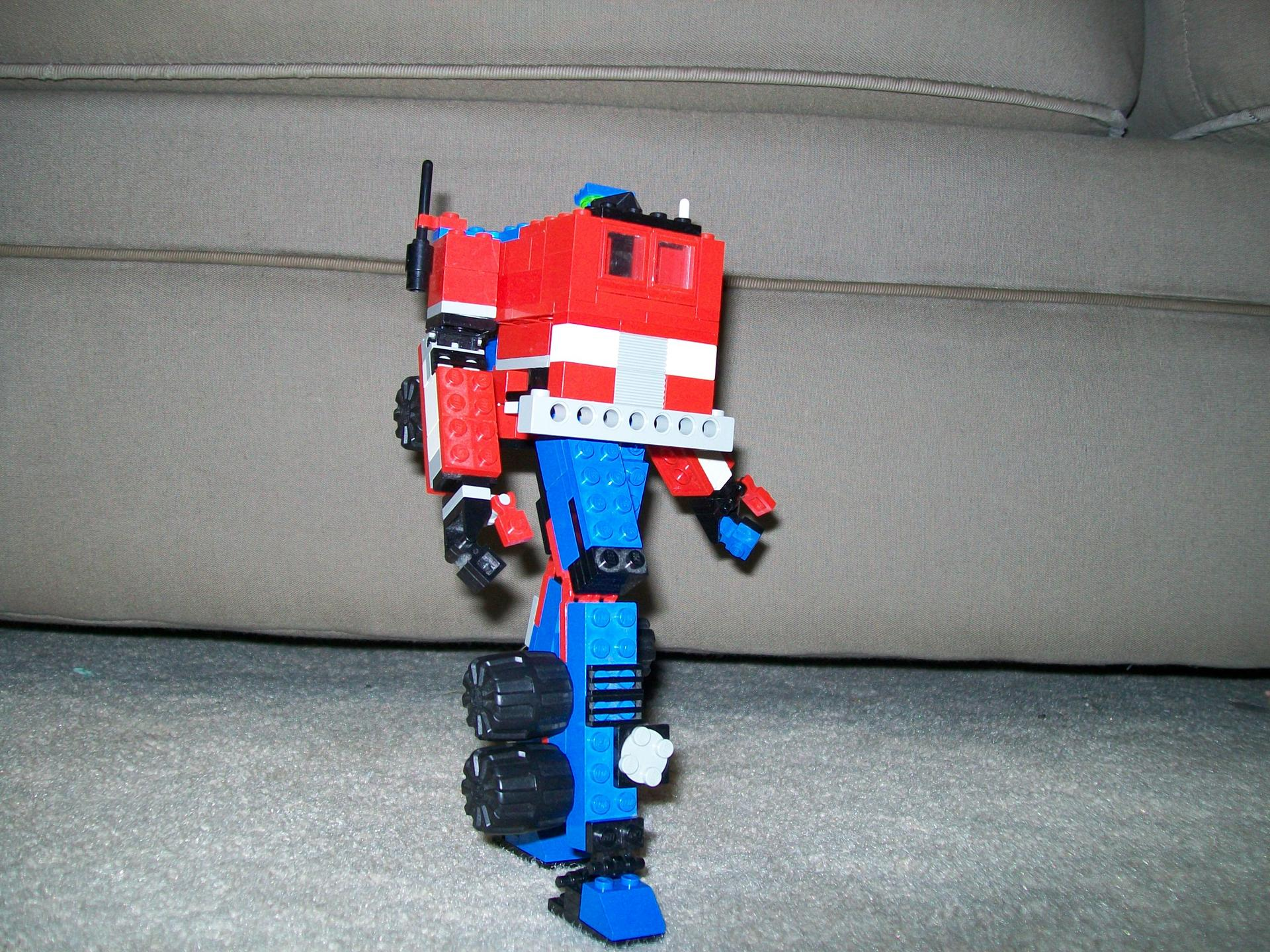LEGO Generation 1 Optimus Prime-lego-transformers-008.jpg