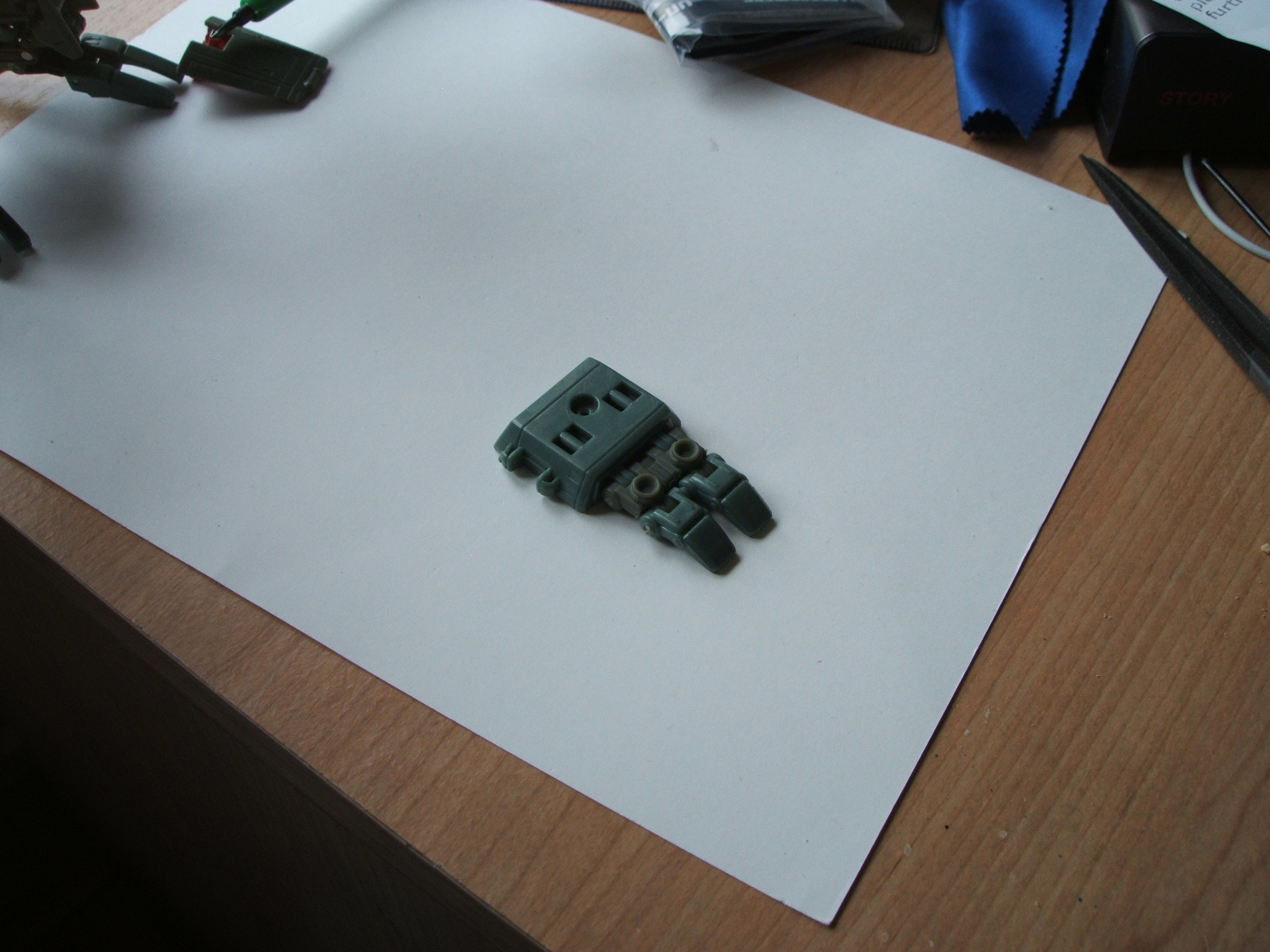 RtS/United Lugnut Hand Modification-lugnut-tutorial-5.jpg