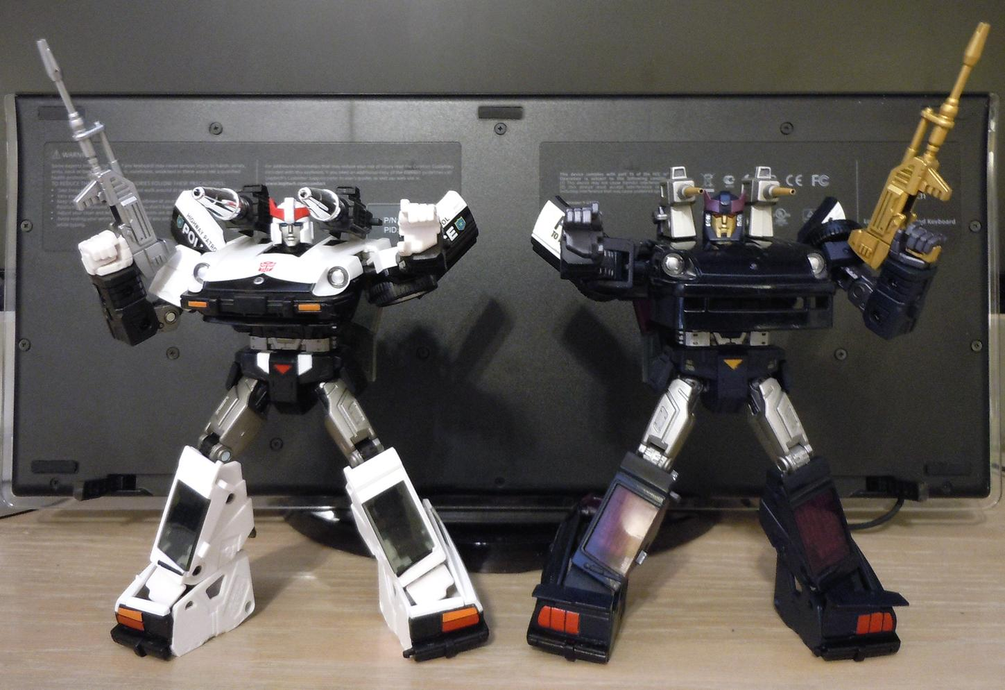 G1 Barricade look   TFW2005 - The 2005 Boards