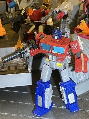 nycc-2019-transformers-earthrise (111)__scaled_600.jpeg