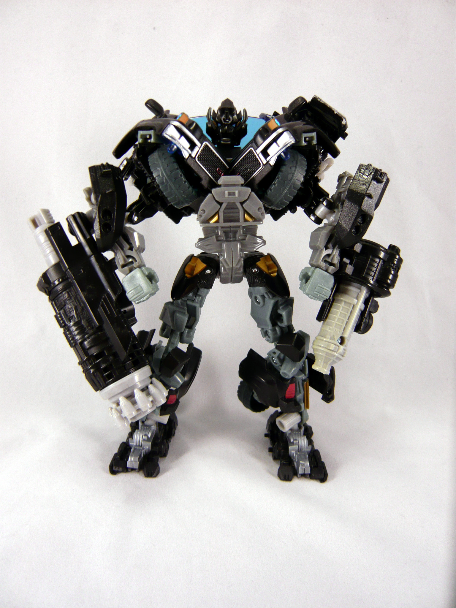 Turorial: Hip/Stomach-Fix-Mod for DOTM Voyager Ironhide-p1130873.jpg