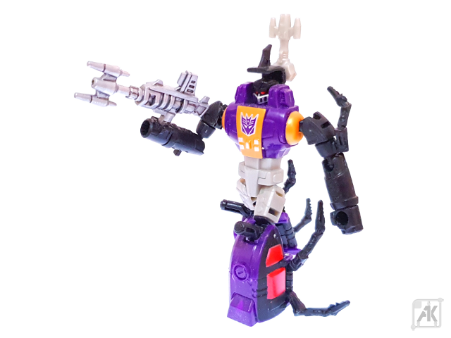 (Painted) CW Bombshell Blaster with CW Bombshell Robot Mode 11.png