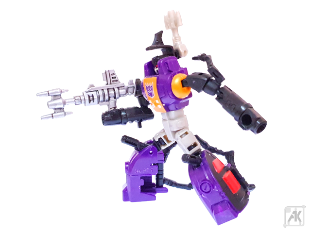 (Painted) CW Bombshell Blaster with CW Bombshell Robot Mode 19.png
