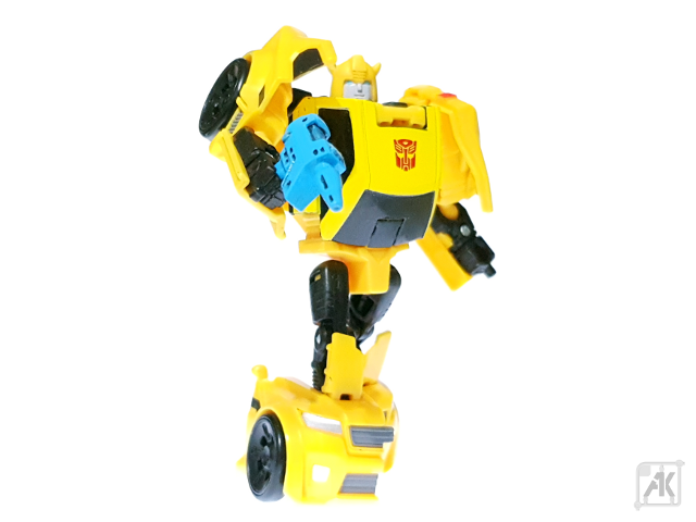 (Painted) TR Bumblebee Blaster - Small - with TR Bumblebee Robot Mode 17.png