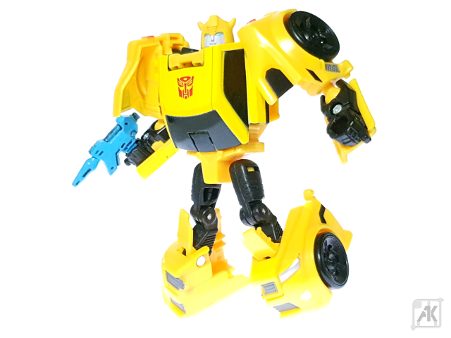 (Painted) TR Bumblebee Blaster - Small - with TR Bumblebee Robot Mode 19.png