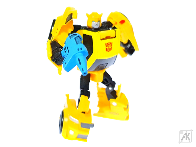 (Painted) TR Bumblebee Blaster with TR Bumblebee Robot Mode 10.png