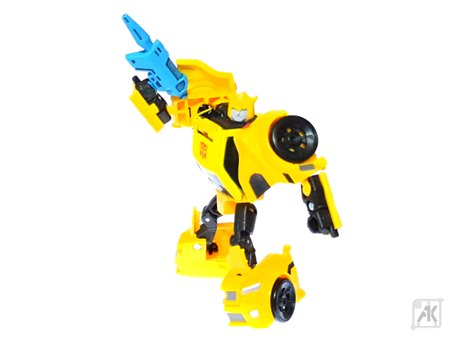 (Painted) TR Bumblebee Blaster with TR Bumblebee Robot Mode 11.png