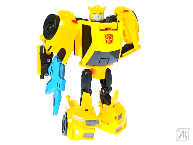 (Painted) TR Bumblebee Blaster with TR Bumblebee Robot Mode 19.png