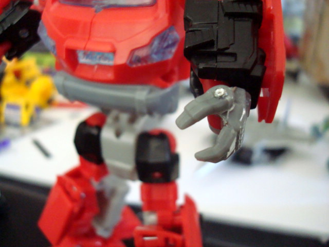 Universe/Classics 2.0/Henkei Ironhide/Ratchet Modifications Tutorial/Guide-picture004-1.jpg