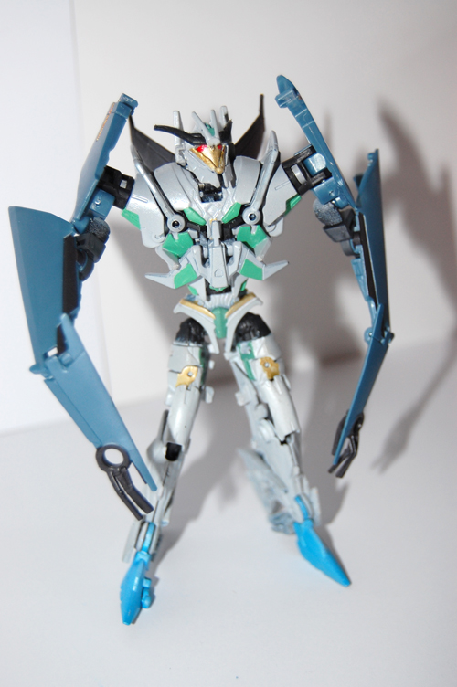 TF Prime Thunderwing Pretender (transformable!)-ps2.jpg
